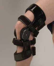 precision lite knee brace